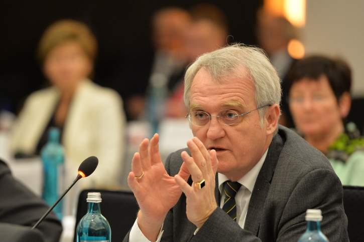 Rainer Wieland MEP addresses the EPP Group Bureau Meeting