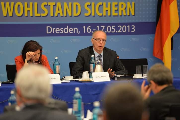 Rutger Wijburg takes the floor