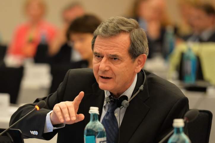 Marian-Jean Marinescu MEP addresses the EPP Group Bureau Meeting