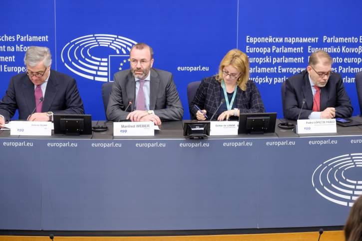 Manfred Weber (2nd to the left), (l-r) Antonio Tajani, Esther de Lange and Pedro López de Pablo
