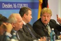 Elmar Brok MEP addresses the EPP Group Bureau Meeting