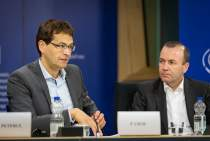 Press conference on the adoption of the EPP Group's Position Paper on Cancer