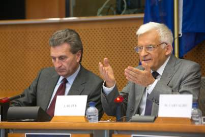 EPP Group Hearing on the Internal Energy Market - Buzek takes the floor