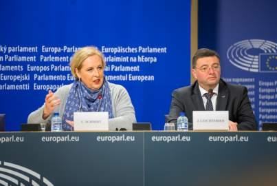 Pressekonferenz über die deutsche PKW-System und faire Straßengebühren